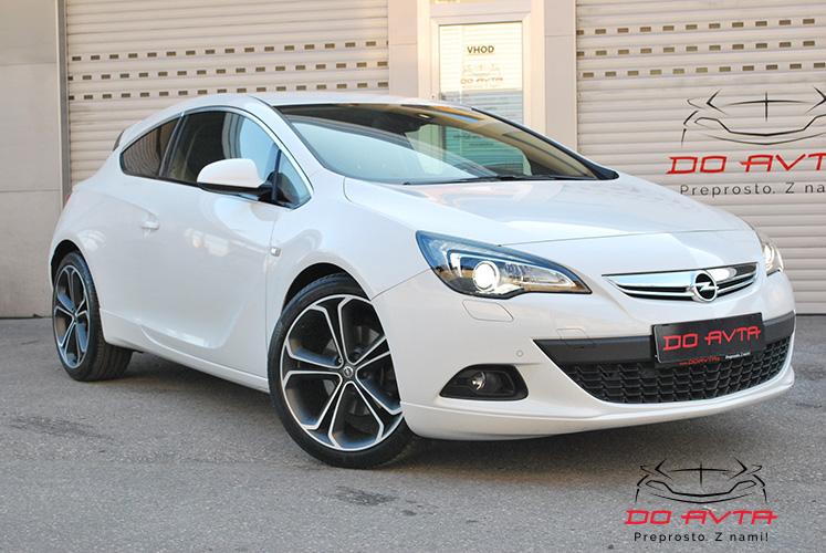 Opel Astra GTC 1.7CDTi EcoTEC Innovation (131ks), 2012, 43tKM, Marec 2017
