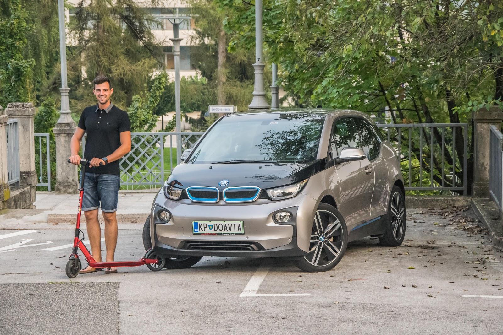 RABLJENI BMW i3 IN ELEKTRIČNI SKIRO E-TWOW BOOSTER V IDEALNI PAR