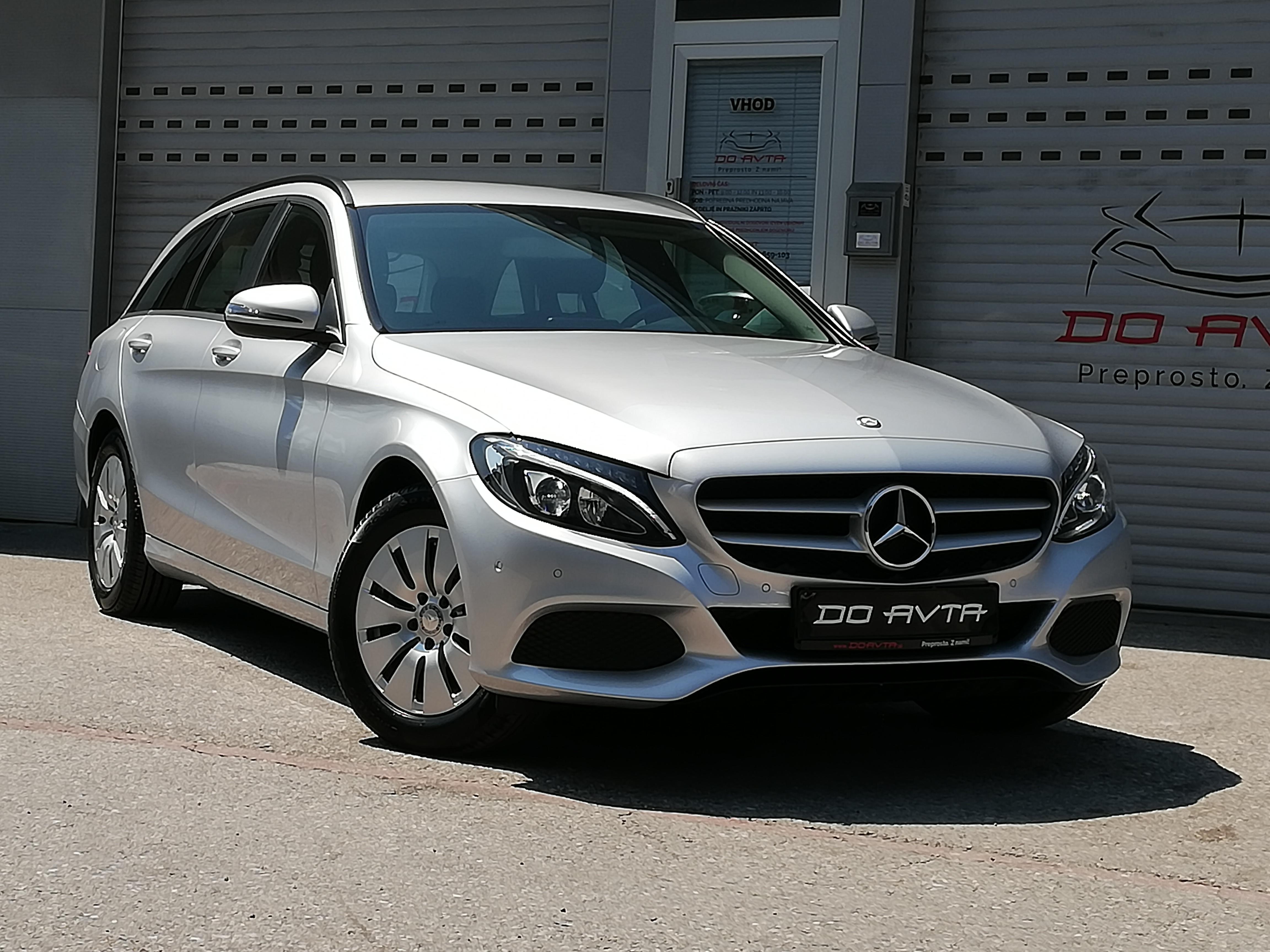 NAJBOLJ PRILJUBLJENI RABLJENI AVTOMOBILI: Mercedes razred C